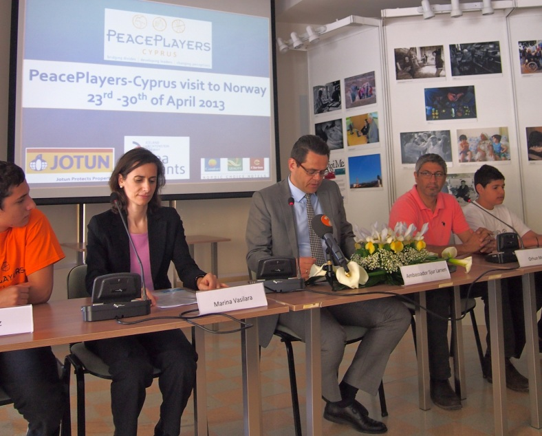 Ambassador Larsen joins PeacePlayers for the Press Conference announcing the upcoming trip to Norway