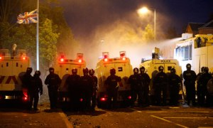 PSNI using water canons to control Loyalist rioters over the weekend.